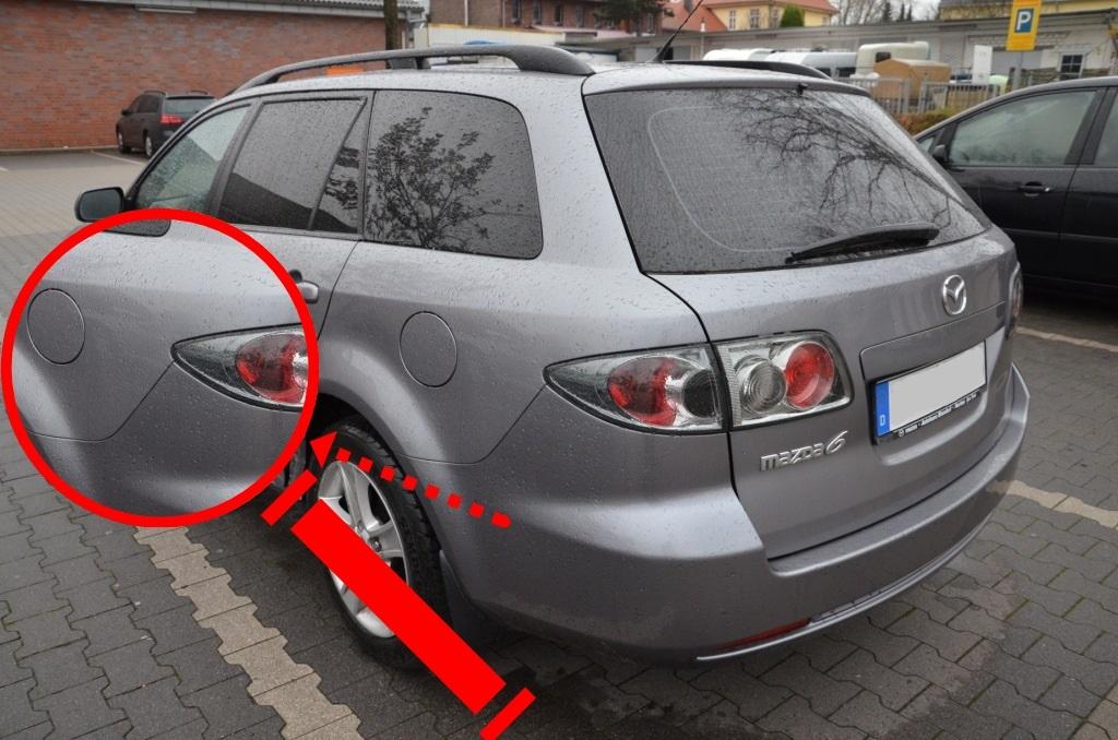 Mazda Stossfänger dunkler